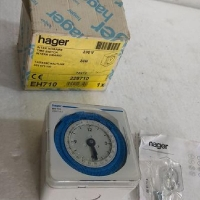 Hager Time Switch EH710 - 228710 - 230V - 24H - 72x72