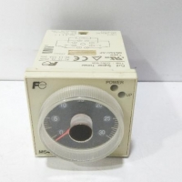 Fuji Electric Co. Ltd Super Timer MS4SC-AP 100-240VAC time: 0.6s to 60h